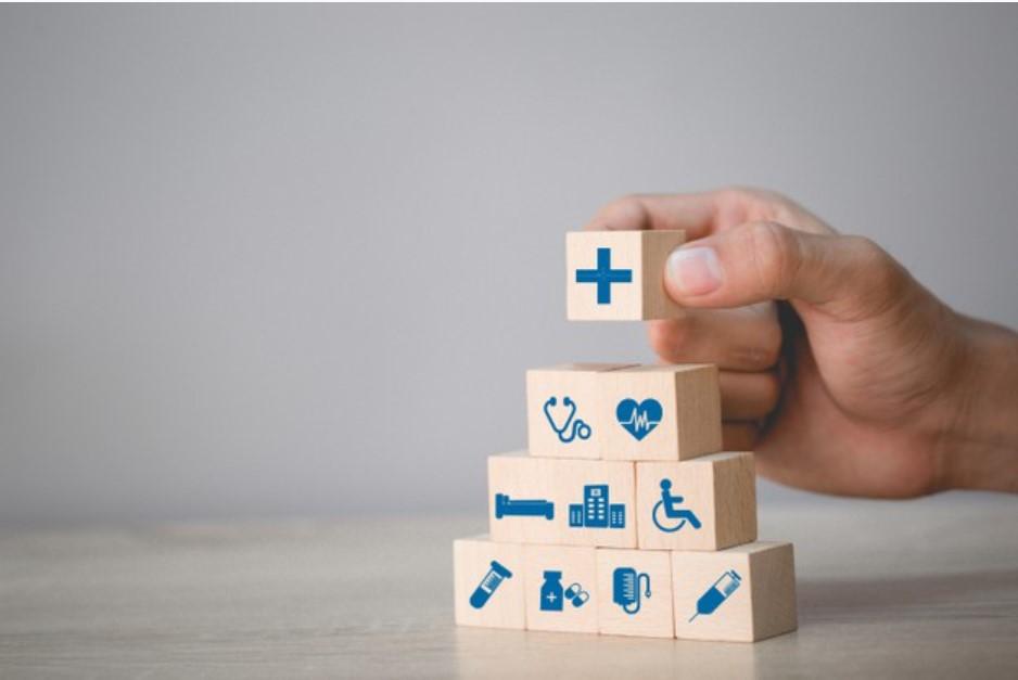 ¿Qué diferencia existe entre póliza de salud y medicina prepagada?